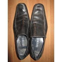 Ботинки 40 р-р . Brooman
