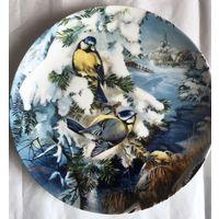 Декоративная тарелка ''Лазоревки между еловых веток'', фирма Hutschenreuther,Германия,1992г.
