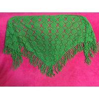Платок косынка шаль зелёная 100% Шерсть с кистями ажурная длинна 160 см