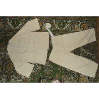 Кимоно,с поясом и штанами, р.44-48, рост 150-160 (+-)