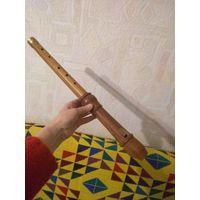 Большая деревянная флейта ручной работы. 50 см.