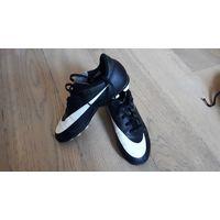 Детские оригинальные бутсы Nike, р-р 30-31