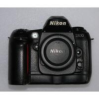 Nikon D100. Легендарная камера с неповторимой цветопередачей.