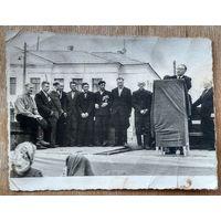 Фото празднования 9 мая 1945 г. г. Борисов? 8.5х11 см.