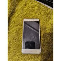 Смартфон LENOVO K5 A6020A40 2SIM LTE GOLD