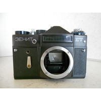 Фотоаппарат Зенит-ЕТ без объектива, 1982 г., рабочий