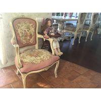 Кресло в стиле Людовика