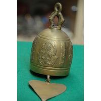 Колокольчик бронзовый ( высота 14 см , диаметр 7,5 см )