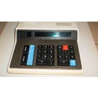 """Ретро- калькулятор""""Электроника"""" МК-59."""