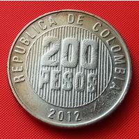 27-38 Колумбия, 200 песо 2012 г.