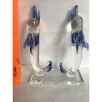 Дельфин стекло