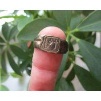 Старинный перстень ВЕРА, НАДЕЖДА, ЛЮБОВЬ