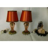 Старенькая и красивейшая  пара настольных  ламп.   Бронза - стекло