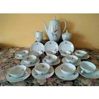 Старинный французский чайный /кофейный сервиз на 12 персон. Модель Depose (образец).  50ые годы.