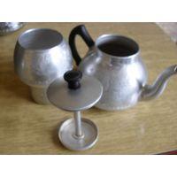 Чайнник, заварник, кофейник, металл, алюминий. Интересная необычная форма.