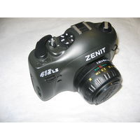 Пленочный фотоаппарат Зенит Zenit 412LS с объективом MC Zenitar – M2s в родном чехле