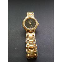 Винтажные женские классические наручные часы L.A. Express Quartz (USA) металлический браслет
