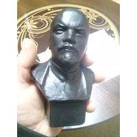 Бюст СССР ЛЕНИН материал силумин автор Геворкян в отличном состоянии не с рубля
