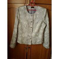 Красивый пиджак с рисунком,48-50 р.