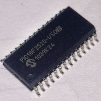 PIC18F2520-I/SO. Таиланд. Микроконтроллер 8-Бит, 40МГц, 32КБ (16Кx16) Flash, c 10-Бит АЦП, 25 I/O SMD. PIC 18F2520