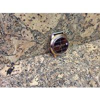 Часы Восток,позолота,необычный циферблат,редкие.Старт с рубля.