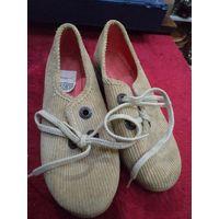 Не пользованная девичья ретро-обувь времен СССР. Ботинки, 36 размер
