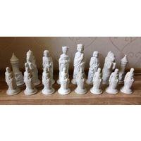 Шахматы, гипс, королевские, под окраску. размер фигур до 27 см.