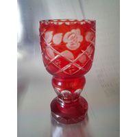 Красивая ваза-кубок рубинового стекла, СССР 70-80-е годы