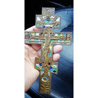 Крест меднолитой. 6 эмалей.