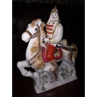 Статуэтка Буденовец красноармеец на коне Полонное с рубля