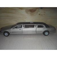 Модель лимузина Линкольн.