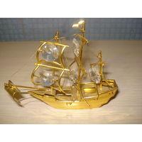 Корабль сувенирный металлический