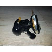 Black iCat 2005 SEGA (Hasbro) C-015C Коллекционная электронная интерактивная игрушка, 2006г.в., в хорошем рабочем состоянии, носик немного потёрт и ушки пожелтели.