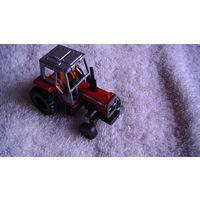 """Машинка трактор """"MASSEY FERGUSON 699"""" . КРАСНЫЙ. распродажа"""