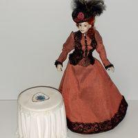 Фарфоровая тарелка блюдо Reutter Porzellan (кукольный дом в викторианском стиле, Дом мечты ДеАгостини DeAgostini, миниатюра 1:12)