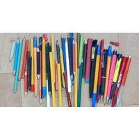 Карандаши и ручки-б\у-разное состояние.