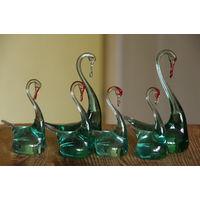 Лебеди ( цветное стекло )   6 шт     целые