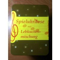 Немецкая, новогодняя,музыкальная шкатулка от пряников.