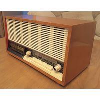 """Редкий радиоприемник """"Нарочь"""" 1965 год. Отличное рабочее состояние."""