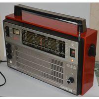 """Радиоприемник ''Океан-214"""" 70 лет Октября(СССР, 1987)"""