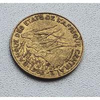 Центральная Африка 10 франков, 1983 1-3-12