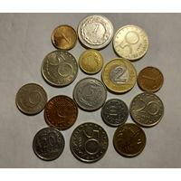 Монеты Болгарии и Польши.