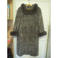 Пальто женское зимнее, с мехом, 54-56 размер