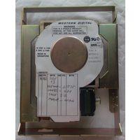 Древний винт 1990 года , 43МБ , IDE . Не работает.