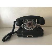 Телефон. Антикварный телефон. Старинный телефон. Ретро телефон. СССР.