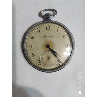 Часы кристалл редкие не рабочие  1961 года