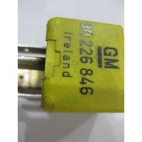 101692 Реле Opel 90226846