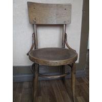 Старый стул.