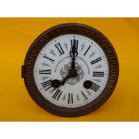 Механизм для каминных часов, рабочий, маятника нет.