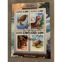 Уганда 2013. Марка в марке. Черепахи. Малый лист